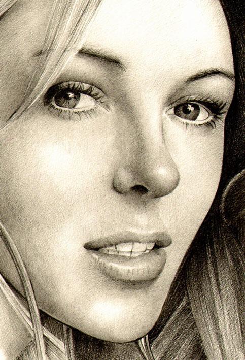 Portrait hyper réaliste d'Elizabeth Hurley au crayon